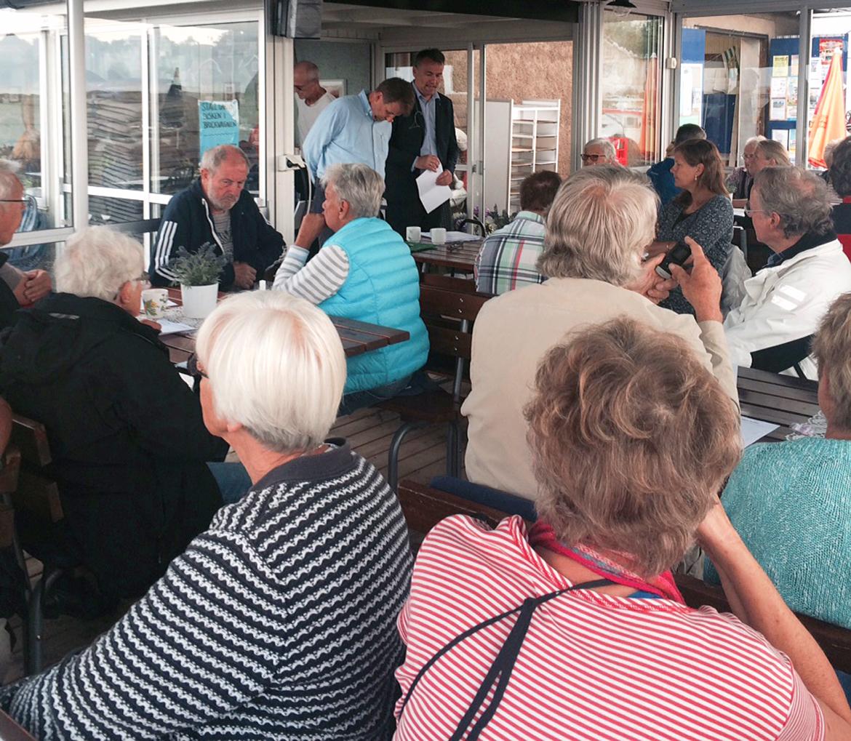 Frukostmöte i Sandviks Hamn med Ilko Corkovic och Tomas Lind